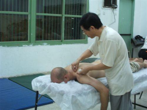 רופא סיני מתנדב